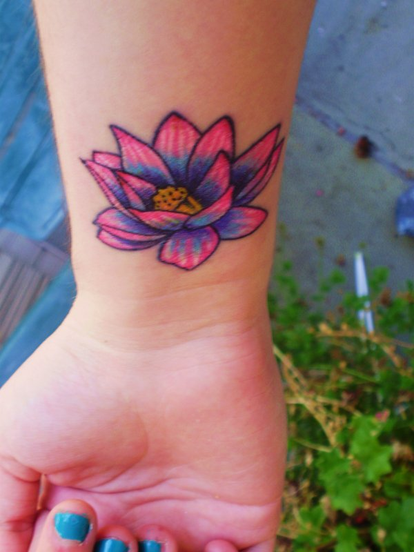 Flower Tattoos And Their Meaning